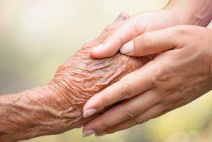 Nous sommes à la recherche de bénévoles pour aider les personnes atteintes de la maladie d'Alzheimer